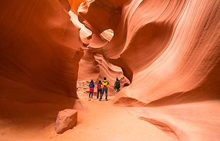 Antelope Canyon shutterstock_229304368.j