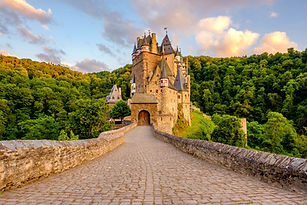 Burg Eltz castle shutterstock_736401910.