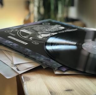CDs und Vinyl sind da!