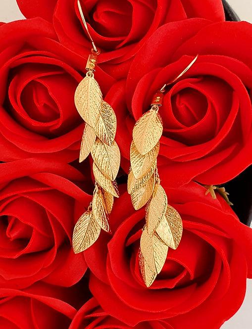 Long Earrings - Gold leaf