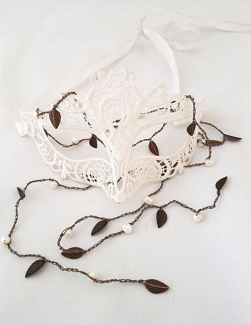 Open Silk Necklace - Dark leaves with pearl on dark silk