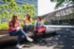 1000-radboud-three-students-campus.png