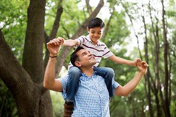 Far med sin søn