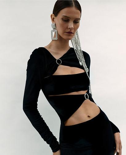 P76-85 Fashion - Spread-8.jpg
