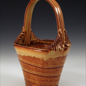 Stoneware basket