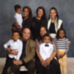 ROBLEDO-FAMILY-WEB.jpg