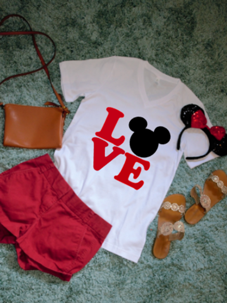 LOVE disney tshirt