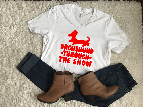 Dashund through the snow Vneck Tshirt