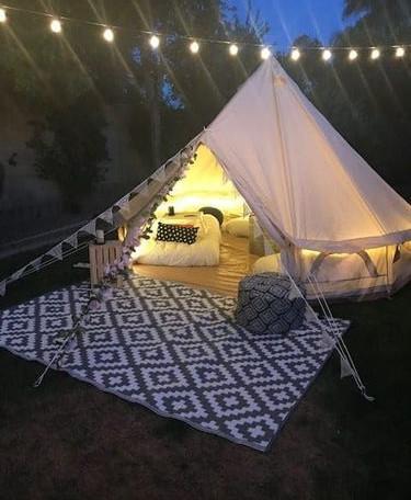 Tent09.jpg