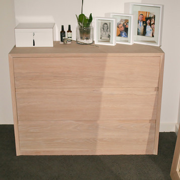 NOOSA RESIDENCE chest of drawers, solid American white oak in a lime wash finish