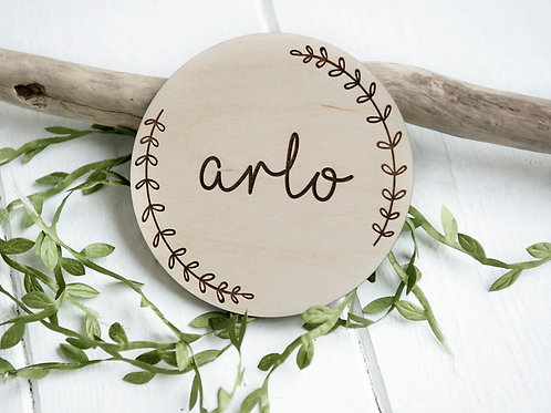 Personalised Name Wreath Disc - Wooden Photo/Flatlay Prop
