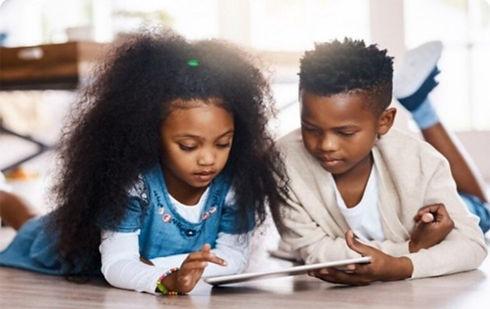 1080x681 Kids-on-Tablet.jpg