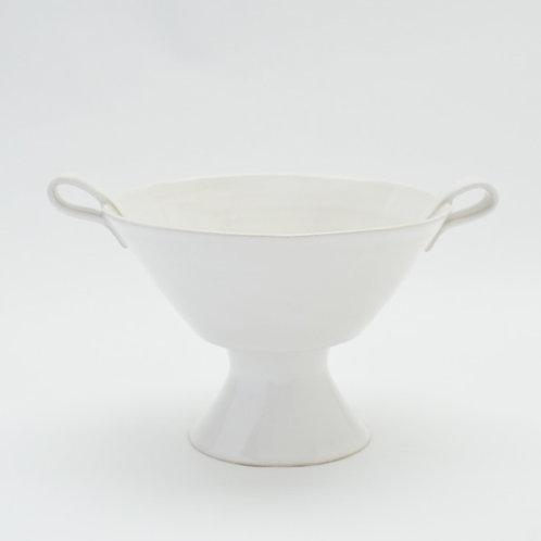 Pedestal dish with handles