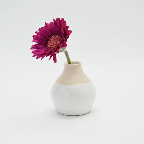 Bud vase with white sheen glaze and clay body