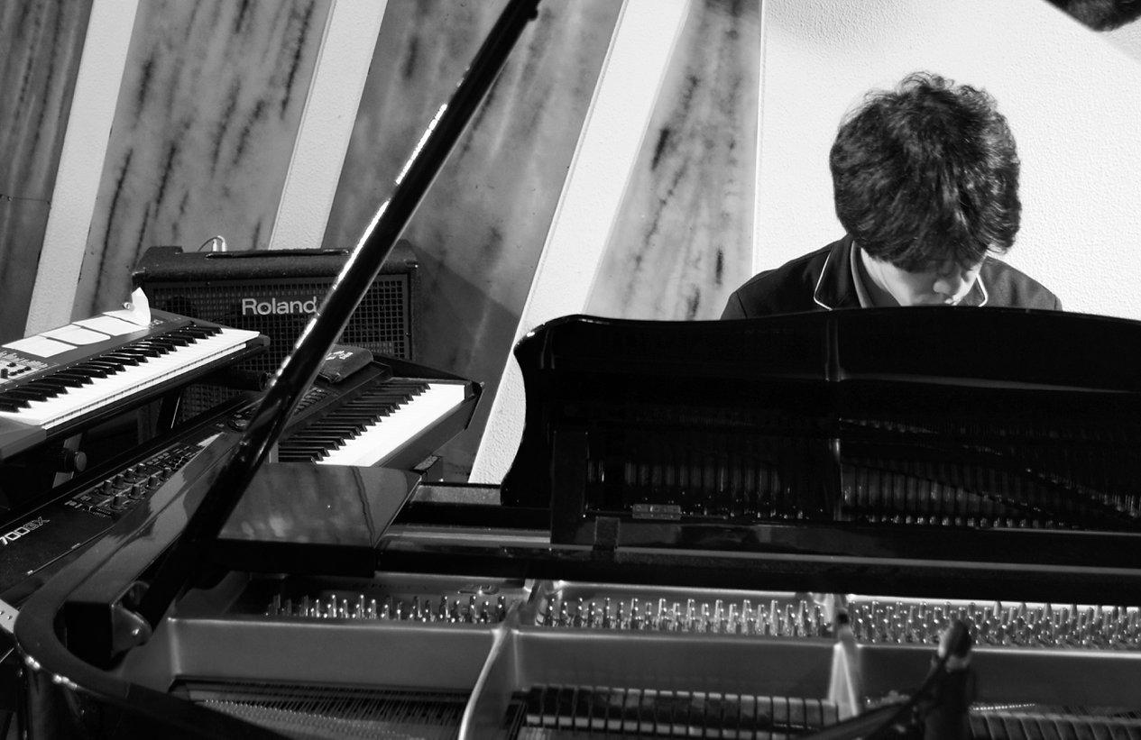 Jun Sugiura,杉浦 潤,pianist,piano solo,ピアニスト,すぎうらじゅん