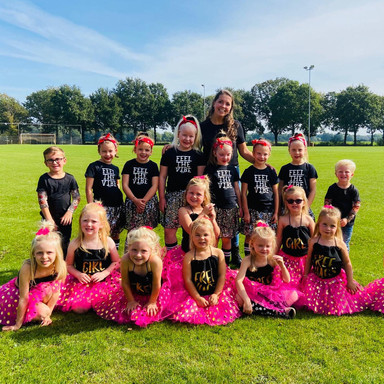 Dansgroep 'Dancing Kids'