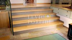 Scala Porfido e legno