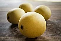 iStock-507116272-marula-fruit-640x427.jp