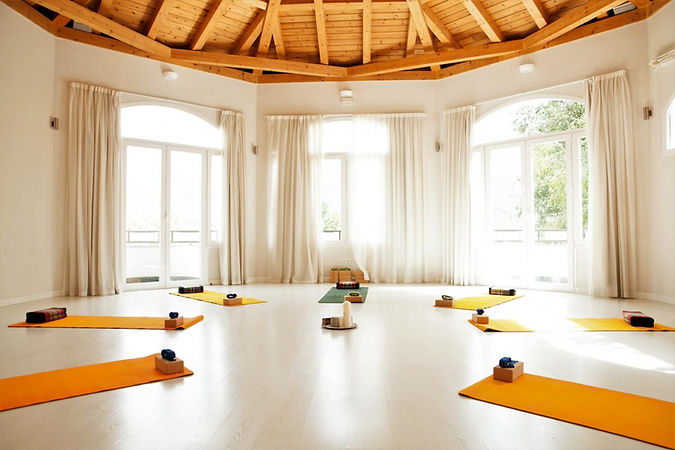 yoga-shala-5-Granada-Lucia-Yoga-Retreat-