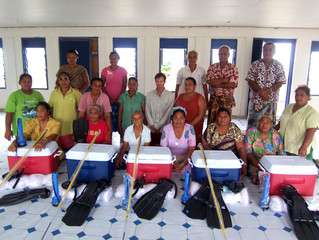 MicroAid replaces Fishing Kits in the Village of Salea'a'umua — 2012
