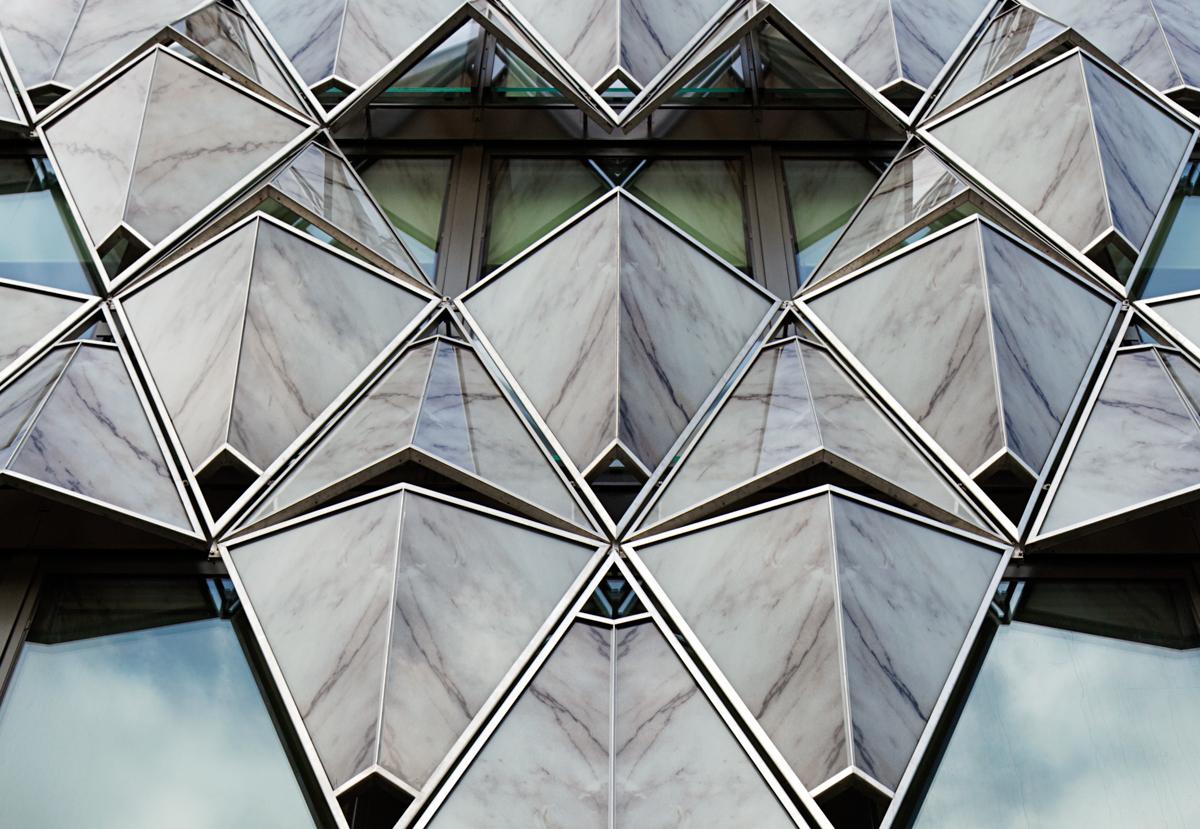 ORIGAMI BUILDING Paris
