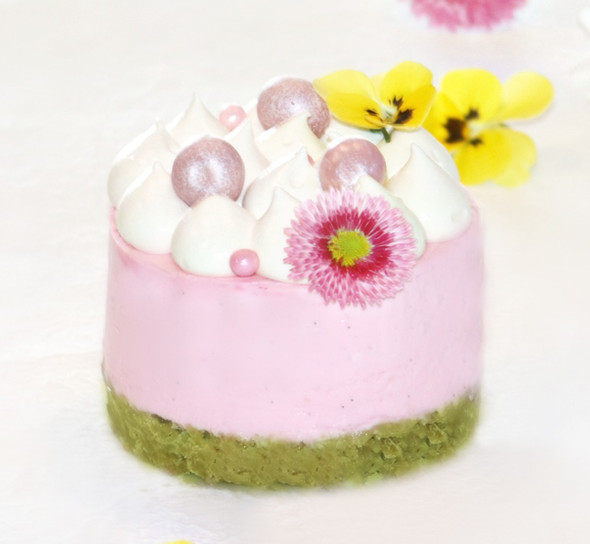 """Cheesecake Rose & Matcha"""