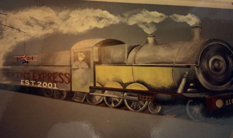 Mural Train.jpg