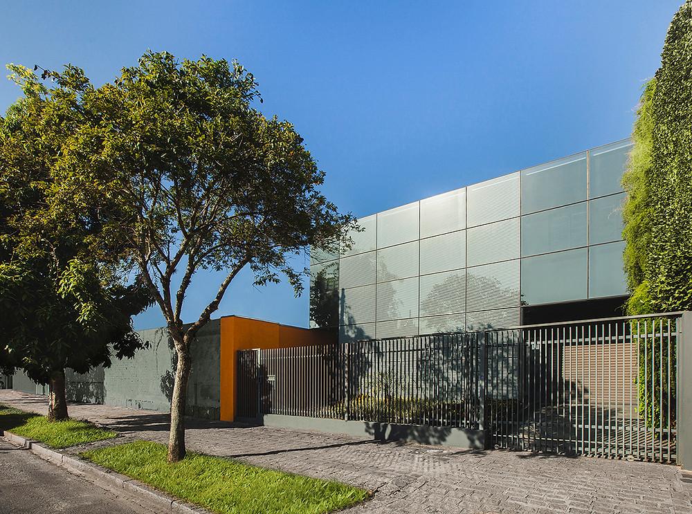USGBC, Brezilya'daki Curitiba Merkezi için LEED Net Sıfır Enerji için ilk LEED Sıfır binasını onayladı.