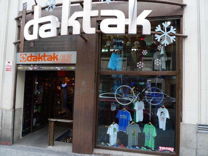 mejores tiendas de snowboard madrid  daktak
