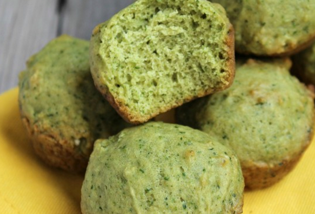 Sans Kitchen Sneaky Spinach Mini-muffins