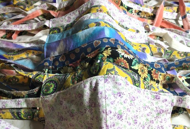 Log Cabin Sewing Cloth Masks --
