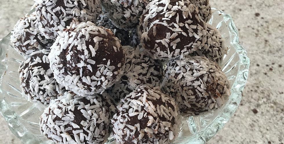 Sans Kitchen Chocolate Energy Balls (2)