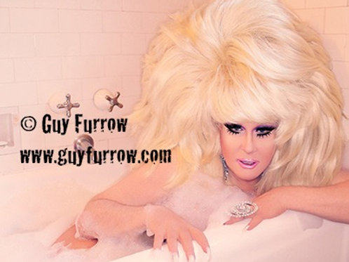 "Lady Bunny in Bubble Bath - 11"" x 14"""
