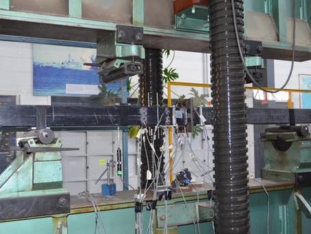 Bending test of FRP splice connection