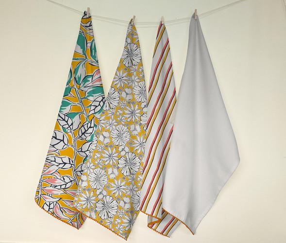 Handpainted napkins (yellow)