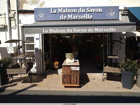 magasin de la tranche sur mer