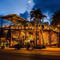 Mamasan Tulum. Restaurant bar