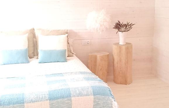 WHITE BEDROOM.jpg