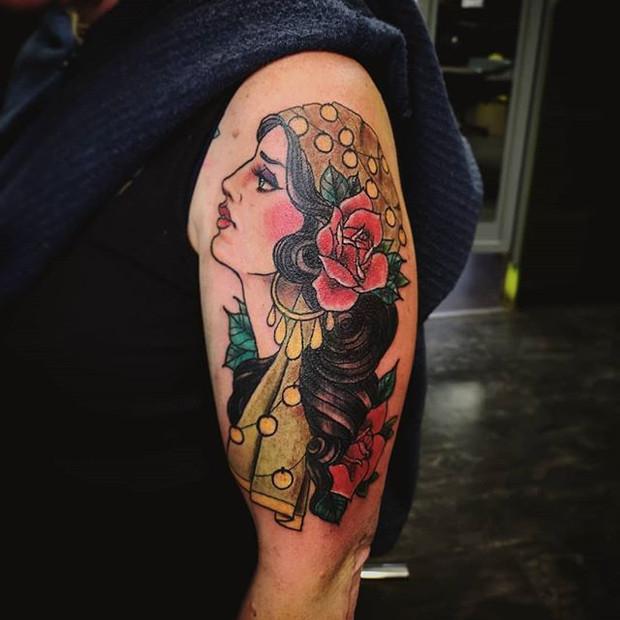 Neotraditional gypsy girl tattoo by Rosa Laguna