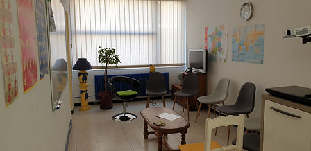 20200908 salle formation+chaises.jpg