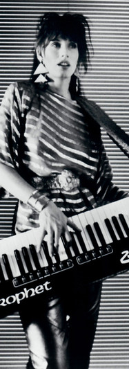 Denoven's Keytar in Gold