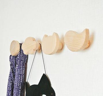 Nursery wall hooks
