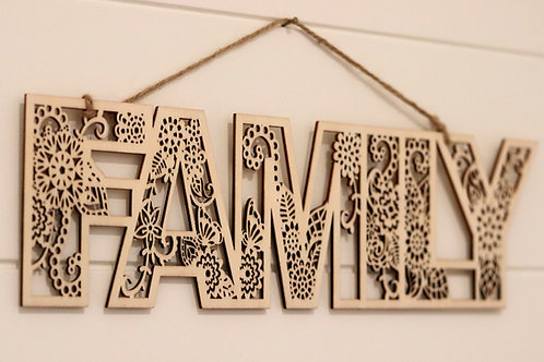 FAMILY- WOODEN PLAQUE 29 cm