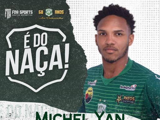 Michel Yan, atacante ex-base do Vasco e Flamengo, é do Naça