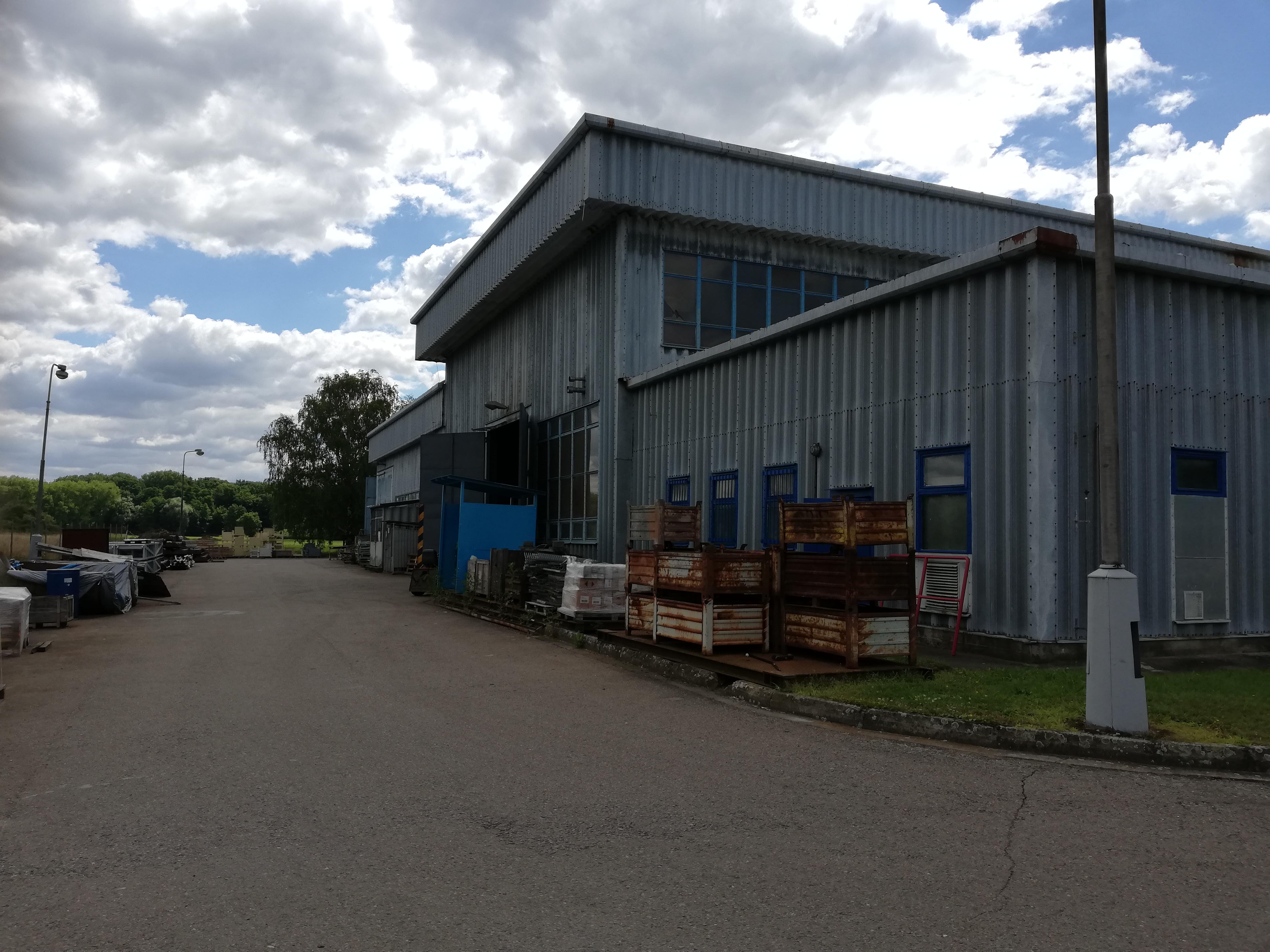 Výrobní hala Kladruby nad Labem