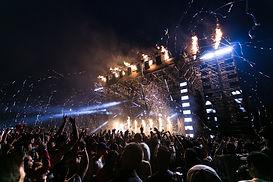people-having-a-concert-1190297.jpg