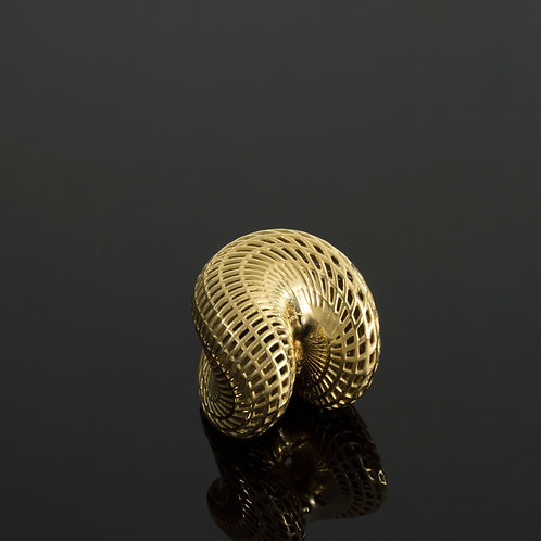 'LAPIS' AMORPHOUS PENDANT - 18k gold