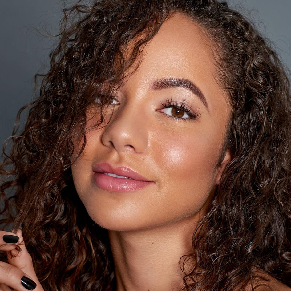 Make-Up: Joanne Kim Muse: Lexie Stevenson Photographer: Darryn Adams