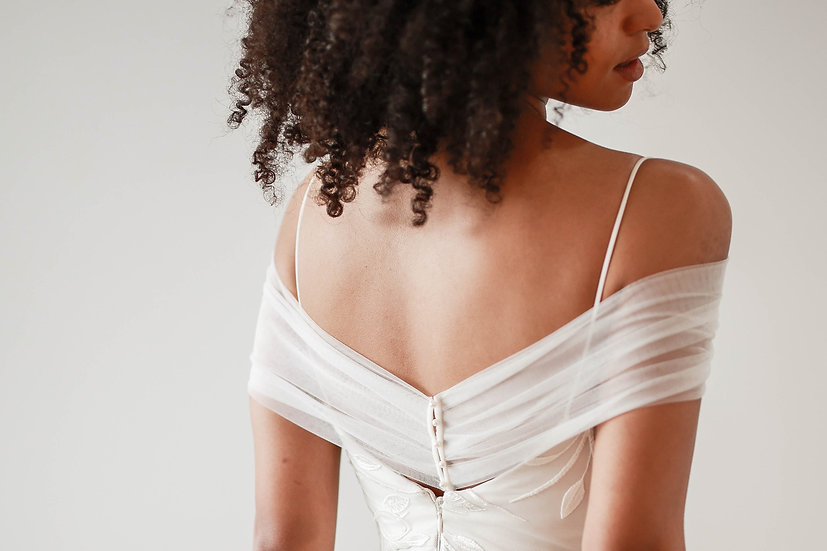 The Tulle Stole - Classic Bridal Shawl