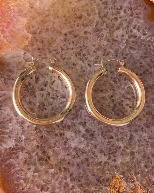 Chunky Flat Hoops size large